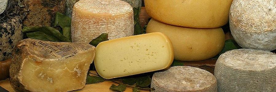 formaggi naturali a latte crudo