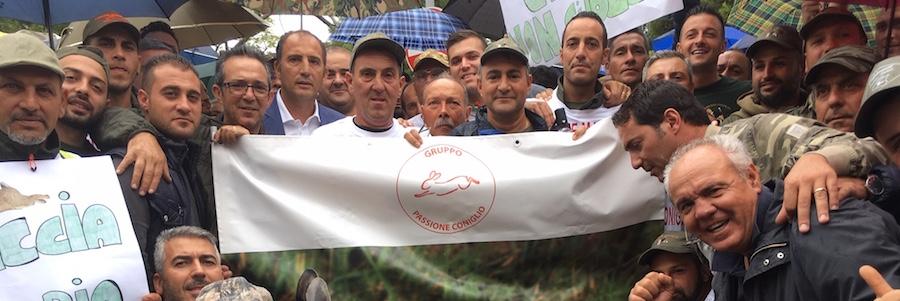 Associazioni venatorie in piazza: giù le mani dalla caccia al coniglio
