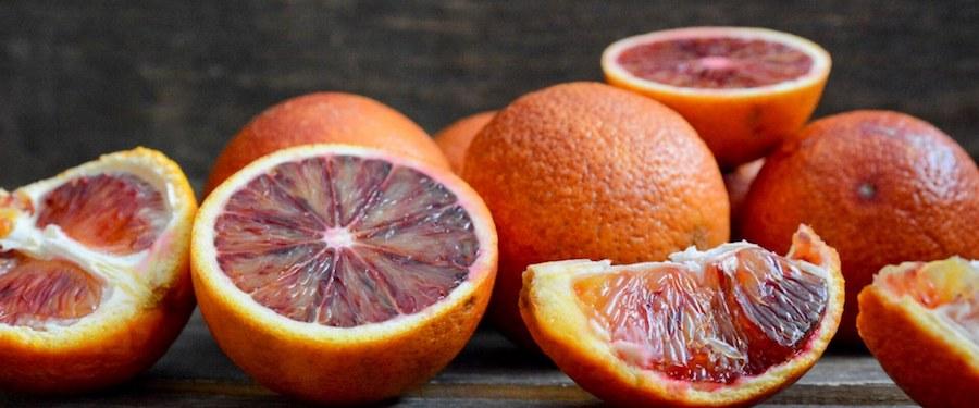 Consegnate a Shangai le prime arance rosse spedite in Cina con l'aereo