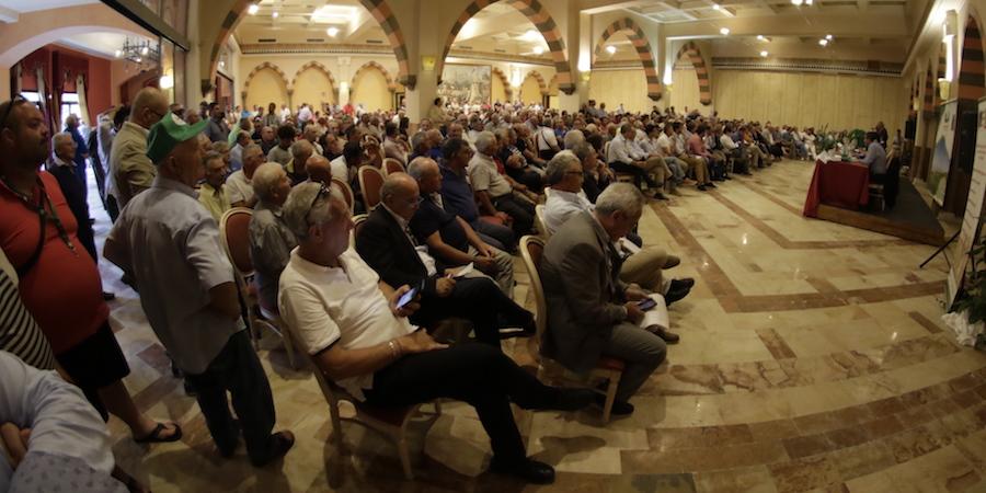 Petrosino assemblea crisi vino comune