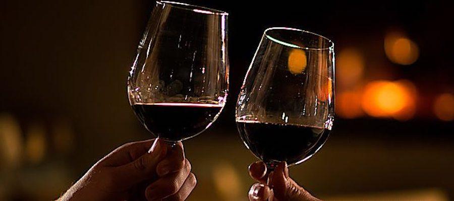 Calici di stelle, la magia delle Perseidi tra vino e desideri