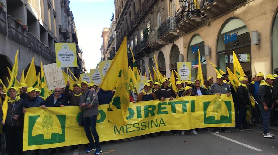 Coldiretti Sicilia dalla piazza denuncia: a rischio disimpegno i soldi del Psr | Video